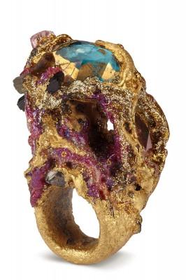 Maud-Traon-Jewellery-Precious-266x400 jkehtouhvt ou